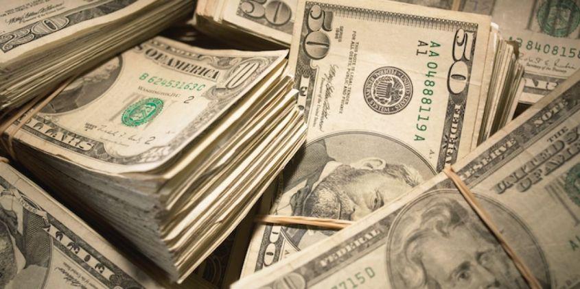 đầu tư vào tiền và các khoản tương đương tiền