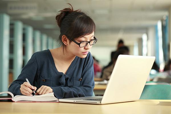 học chứng khoán online